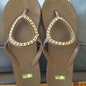 Flip Flops with bling
